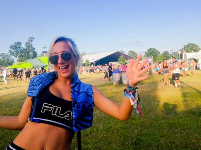 Lindsay wears her Dapper Wrap at Bonnaroo. Who's excited for next year?